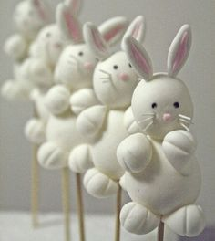 Bobbette and Belly bunny cake pops #SweetcheeksMelb loves this!