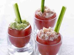 Tomato Cups with Tomato Tuna Salad and Cucumber Guacamole with Cumin and Tarragon (dairy-free, mayo-free) Tapas, Bite Size Appetizers, Appetizers For Party, Antipasto, Catering, Mousse, Good Food, Yummy Food, No Salt Recipes