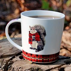 Our wide teaware selection offers a variety of tea products and accessories to make your teatime more exciting and enjoyable. Squirrel Home, Squirrel Girl, Clay Birds, Pet Birds, St Bernard Dogs, Middle School Art, High School, Funny Cats And Dogs, Book Sculpture