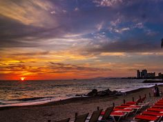 has something for everyone day and night! Live the magic of Puerto Vallarta / Vive la magia de la noche. Now Amber Puerto Vallarta, Night Live, Pacific Blue, Swimming, Magic, Sunset, Beach, Instagram Posts, Water