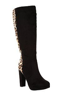 I'm thinking this pair of vegan boots could be kind of worn like a retro Guess ad. Spicy!