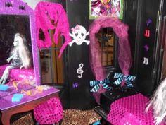 Monster high dollhouse room DIY