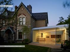 Folded House is a extension project of a 5 bedroom detached house location in a residential district of Inner London, British architect Phil Coffey Architecture Old, Residential Architecture, Spring Villa, Timber Staircase, Townhouse Interior, Architects London, English House, Marquise, Brick Building