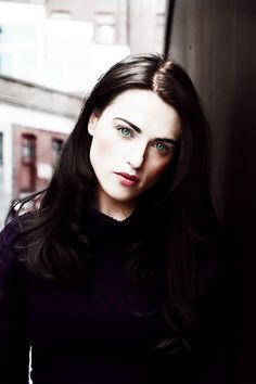 How is she so gorgeous? Siriusly. How.
