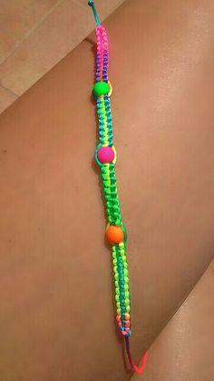 Pulsera multicolor de nudo plano #fluor #bracelet