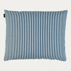 Cushion cover in marine blue. Camargue cushion cover with its stripes is perfect to tie the colours of your living room together. Size:50X60cm. Country of origin: India. Inner cushion sold separately.
