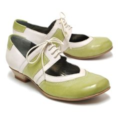 Can a girl have too many green shoes? Sigh—Imelda's