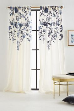 Isa Bestickter Vorhang   Ivory