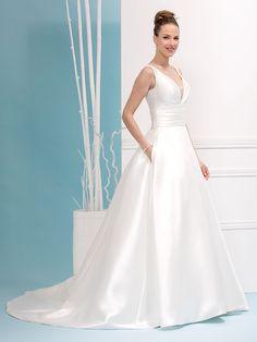 Glamour, Rock, One Shoulder Wedding Dress, Ideias Fashion, Wedding Dresses, Cutaway, Wedding Dress Train, Neckline, Engagement