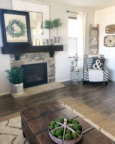 You have to see this living room decor idea with rustic mantel and co. You have to see this living room decor idea with rustic mantel and coffee table. Modern Farmhouse Living Room Decor, Small Living Rooms, My Living Room, Living Room Interior, Living Room Designs, Living Room Furniture, Farmhouse Decor, Antique Farmhouse, Modern Living