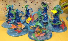 Carnival at school: a bouquet of ideas Fish Crafts, Diy And Crafts, Crafts For Kids, Arts And Crafts, Paper Crafts, Bible Crafts, Theme Carnaval, Kindergarten Art Projects, Golden Fish