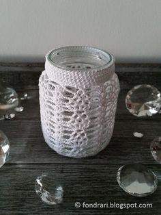 Heklað utan um krukku Crochet Vase, Knit Or Crochet, Crochet Stitches, Free Crochet, Crochet Patterns, Bottle Cover, Cozies, Tea Lights, Crochet Projects