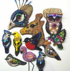 Девочки! Ваши заказы выполнены и готовы к отправке!#добройночи#брошиижевск#украшенияижевск#ижевск#вышивка#брошьснегирь#брошьсова#брошьколибри#брошьфламинго#брошьсиница#брошьсойка #брошьпавлин#embroideryart#bijoux#bird#animals#handicraft#broosh#fashion#goodnight