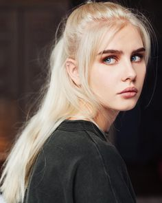 I feel like Manon would look something like this Girl Face, Woman Face, Pretty People, Beautiful People, Amazing People, Female Character Inspiration, Face Photography, Model Face, Blonde Model