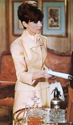 Everything you wanted - needed - to know about Audrey Hepburn. From her films to her personal life, Audrey Hepburn Facts has it all. Audrey Hepburn Born, Audrey Hepburn Photos, Divas, Most Beautiful Eyes, Classic Actresses, Fair Lady, Real Style, Thing 1, Classic Beauty
