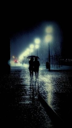 Let's stick together - I LOVE rain photography, pouring rain, street photography & moody photography. Rainy Mood, Rainy Night, Rainy Days, I Love Rain, No Rain, Walking In The Rain, Singing In The Rain, Rain Photography, Street Photography