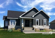 Small & affordable country rustic home photos - drummond house plans exterior, boston Grey Siding House, Exterior House Siding, Exterior House Colors, Drummond House Plans, Pintura Exterior, Home Exterior Makeover, Exterior Remodel, Pallet House, Grey Houses