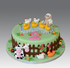 Farm animals cake katies farm animal party animal birthday c Farm Birthday Cakes, Animal Birthday Cakes, Farm Animal Birthday, Birthday Cake Girls, 2nd Birthday, Crazy Cakes, Farm Animal Cakes, Farm Animals, Farm Cake