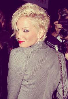 Short Celebrity Hairstyles 2012 - 2013   2013 Short Haircut for Women