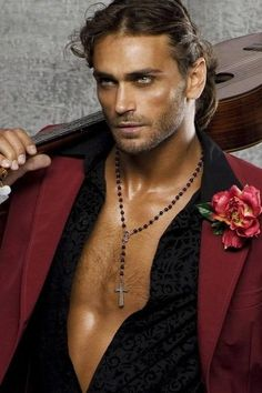 Gypsy man,he's handsome Beautiful Eyes, Gorgeous Men, Beautiful People, Gypsy Men, Photocollage, Attractive Men, Gypsy Style, Boho Style, Good Looking Men