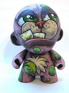 Vinyl Designer Toy: Monster Munny