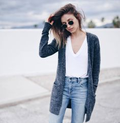Grey @aritzia cardigan, white tee + jeans #streetstyle #casual #chic