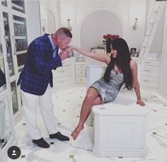 John Cena and Nikki Bella ended their six-year relationship in April, and fans are devastated. Not only did the couple first meet on WWE, but they even got Nikki Y Brie Bella, John Cena Nikki Bella, Brie Bella Wwe, Wwe Couples, Cute Couples Kissing, John Cena Pictures, Wwe Raw And Smackdown, Wwe Total Divas, Nicole Garcia