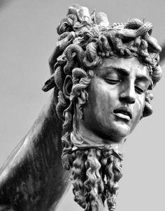 Big Dragon Statues - Lion Statues Home - Stone Statues Makeup - - Sculpture Tattoo, Statue Tattoo, Roman Sculpture, Art Sculpture, Ancient Greek Sculpture, Greek Statues, Angel Statues, Ancient Art, Perseus Und Medusa