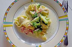 Tortellini mit Brokkoli - Schinken - Käse Sauce