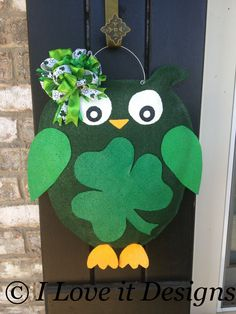St. Patrick's Day Owl Burlap Door Hanger. $30.00, via Etsy.