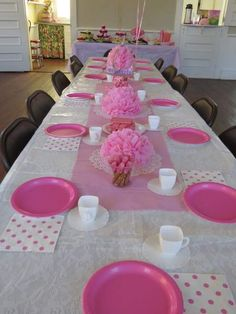 a pink tea party birthday theme, perfect for a birthday party Barbie Birthday, Tea Party Birthday, 4th Birthday Parties, Birthday Balloons, Baby Shower Table, Baby Shower Parties, Girl Baby Shower Decorations, Birthday Decorations, Decoration Communion