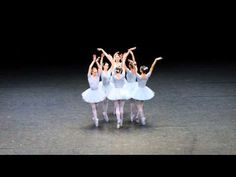 Nobody Could Stop Laughing After These Ballerinas Walked On Stage. This Performance Is Hilarious!