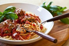 Bobby Flays Spaghetti and Meatballs Recipe