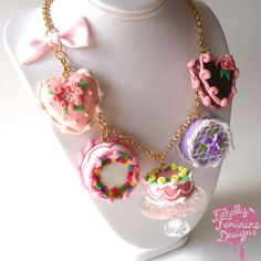Cake Necklace Cake Statement Necklace Marie por FatallyFeminine