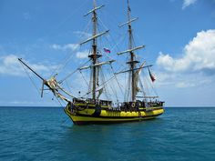 Sailing in the Caribbean Sail Boats, Tug Boats, Old Sailing Ships, Pirate Ships, Travel Around Europe, Balearic Islands, Tall Ships, Castles, Caribbean