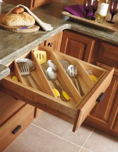 make these myself for kitchen drawers? Make the Most of Kitchen Drawers By Organizing Diagonally — Kitchen Organization Kitchen Utensil Storage, Kitchen Organization, Organization Hacks, Organized Kitchen, Drawer Storage, Smart Storage, Utensil Organizer, Organizing Tips, Pantry Storage