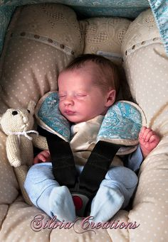 """PRESLEY ASLEEP - The First REALBORN® Technology Baby. 20"""" Custom Made to Your Specifications. Anatomically Correct Front Plate Included.                                                                                                                                                                                 Mais"""
