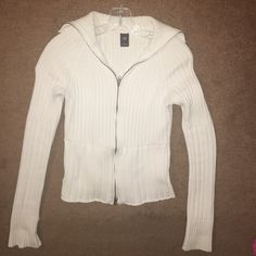 White zip up jacket by GAP White zip up jacket by GAP 2 side pockets. Will look just right  with pair of blue jeans. GAP Jackets & Coats
