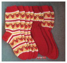 Kettukarkki sukat villasukat Christmas Stockings, Knitting Socks, Crotchet, Projects To Try, Holiday Decor, Ariel, Crocheting, Gift Ideas, Ganchillo