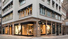 http://www.fabeau.de/wp-content/uploads/2013/12/Hugo-Boss-Stuttgart-Flagship.png