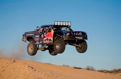 Racing in the Baja 1000 4x4 Trucks, Cool Trucks, Cool Cars, Hummer, Funny Truck Quotes, Best Off Road Vehicles, Rallye Raid, Off Roaders, Trophy Truck