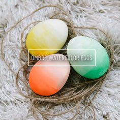 Ombre-Easter-Eggs via #molliemakes