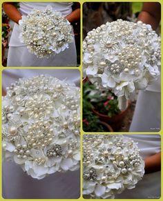Pearl Bouquet in the garden #bluepetyl #pearl #wedding