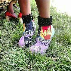 #PostPic - Une chaussure vraiment émergente vous ne trouvez pas ?  #Cameroun #RDPC #PaulBiya
