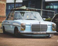 Mercedes Mercedes W114, Old Mercedes, Mercedez Benz, G Class, Car Stuff, Old School, Road Trip, Bike, Classic