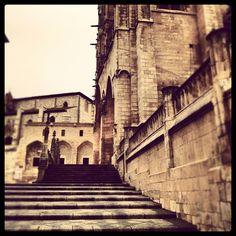 Subiendo escaleras... por #Burgos