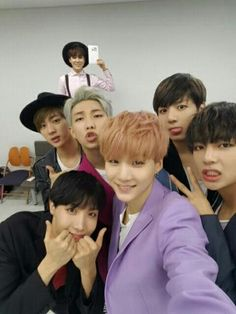 BTS / The Show / Selca