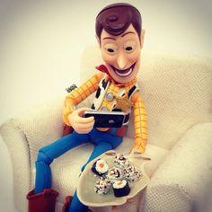 Woody no Instagram ~ Barbie Nerd