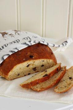 Hjemmebakt julebrød - My Little Kitchen Cloud Bread, Little Kitchen, Christmas Baking, Baked Goods, Banana Bread, Goodies, Food And Drink, Xmas, Desserts