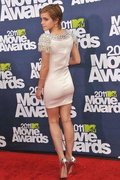 Style Emma Watson, Emma Watson Body, Emma Watson Sexiest, Emma Watson Beautiful, Ema Watson, Emma Style, Peplum Dress, Bodycon Dress, Dress Shoes